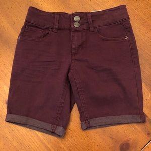 New Mudd Burgundy Bermuda Shorts - Size 10